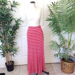 Loila S/M Red White Strip Maxi Skirt